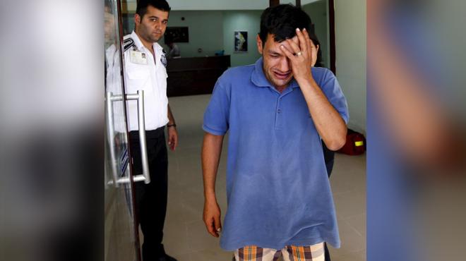 Отец утонувшего мальчика-беженца: Дети выскользнули из моих рук