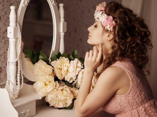 10 слов, которые полезно говорить перед зеркалом