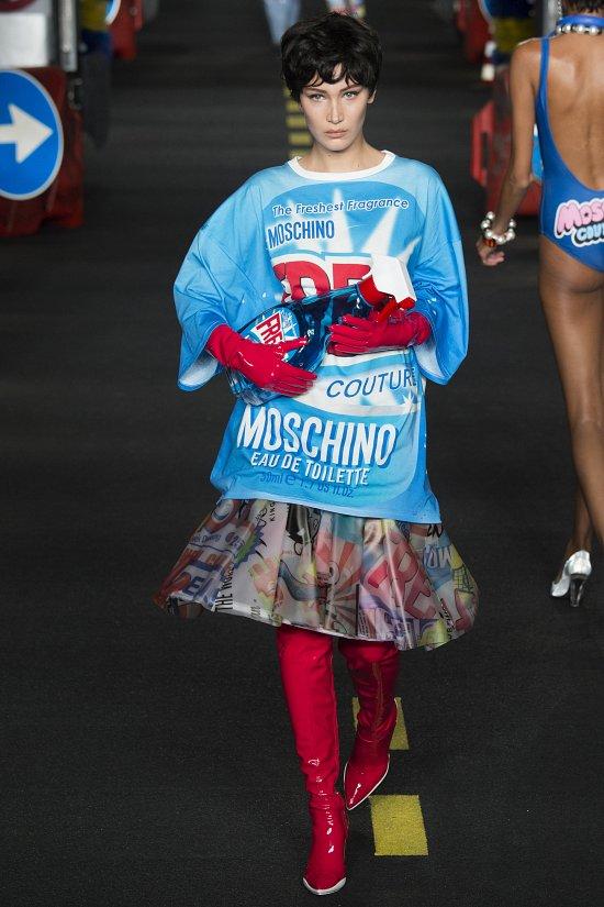 Moschino весна-лето 2016 фото №46
