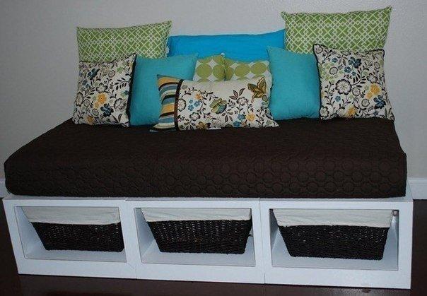Стильный диван своими руками