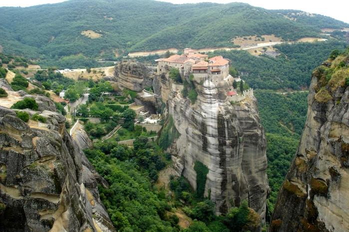 Фото Монастыри Метеоры, Греция. 24 (700x466, 322Kb)