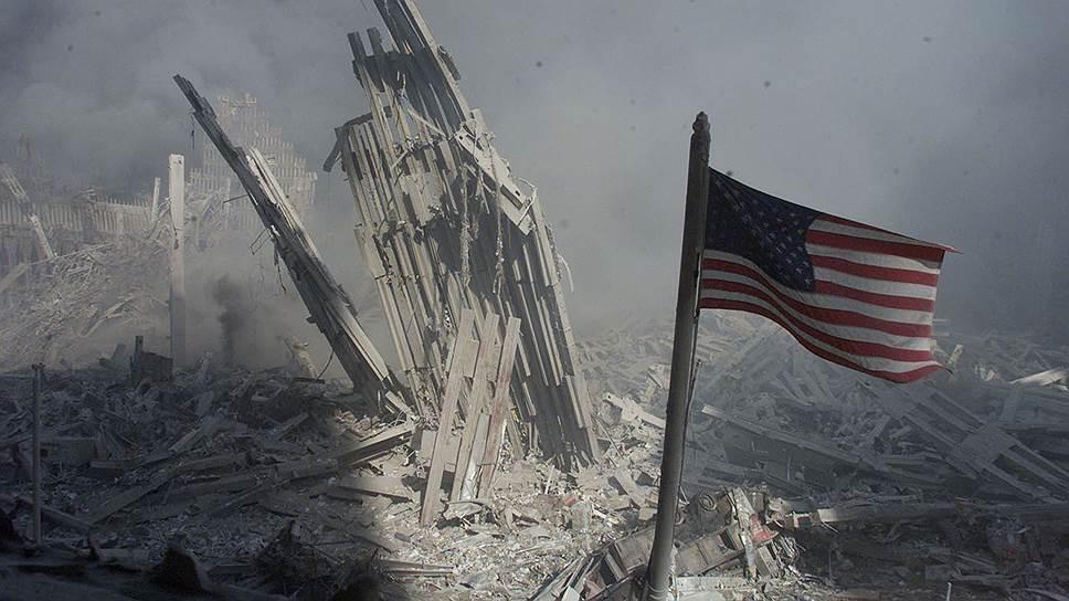 Жертвами терактов стали 2977 человек: 246 пассажиров и членов экипажей самолетов, 2606 человек — в Нью-Йорке, 125 — в здании Пентагона. Было опознано более 1600 тел, но около 1100 человек опознать не удалось