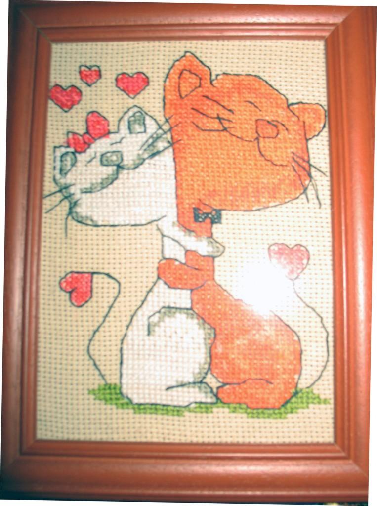 Влюбленные коты крестиком вышивка