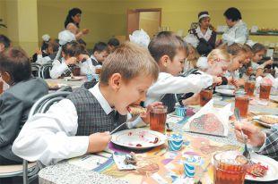 Рейд против «несунов». Кража продуктов в детских учреждениях пошла на убыль