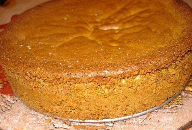 Бисквитный пирог к чаю рецепт