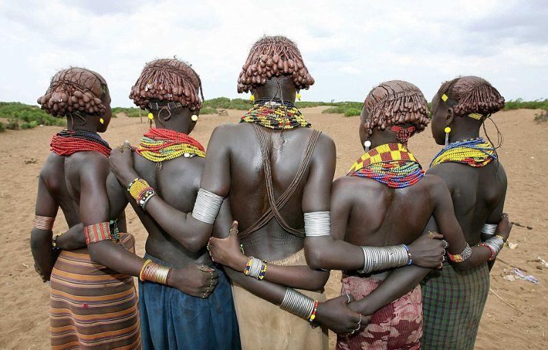Эти стильные аборигены дадут фору многим модным дизайнерам