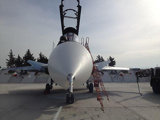 Почему российские пилоты в Сирии надевают в полет старую одежду