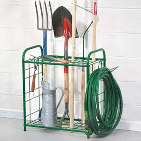 Для хранения лопат и граблей