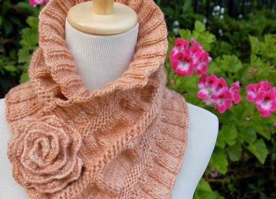 Эффектные шарфы - воротники спицами. Подборка