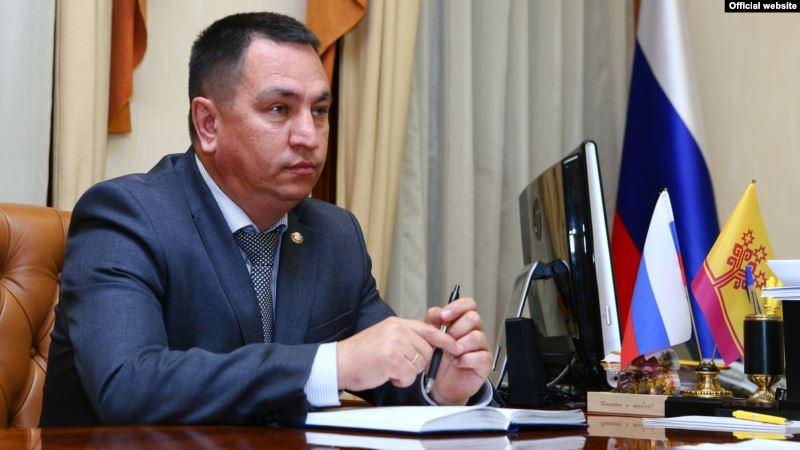 Мало работают: Руководитель администрации главы Чувашии объяснил, почему у учителей и врачей маленькие зарплаты