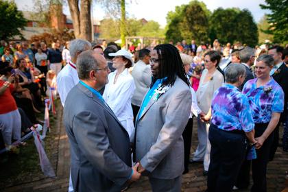 Однополые браки легализовали на всей территории США