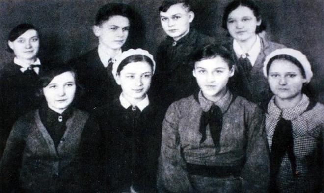 Нонна Мордюкова в детстве