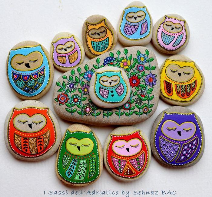 Мандалы на камнях чем рисовать