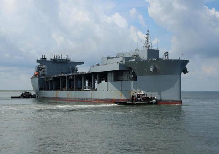 В состав ВМС США вошла экспедиционная морская база USNS Lewis B. Puller (T-ESB-3)