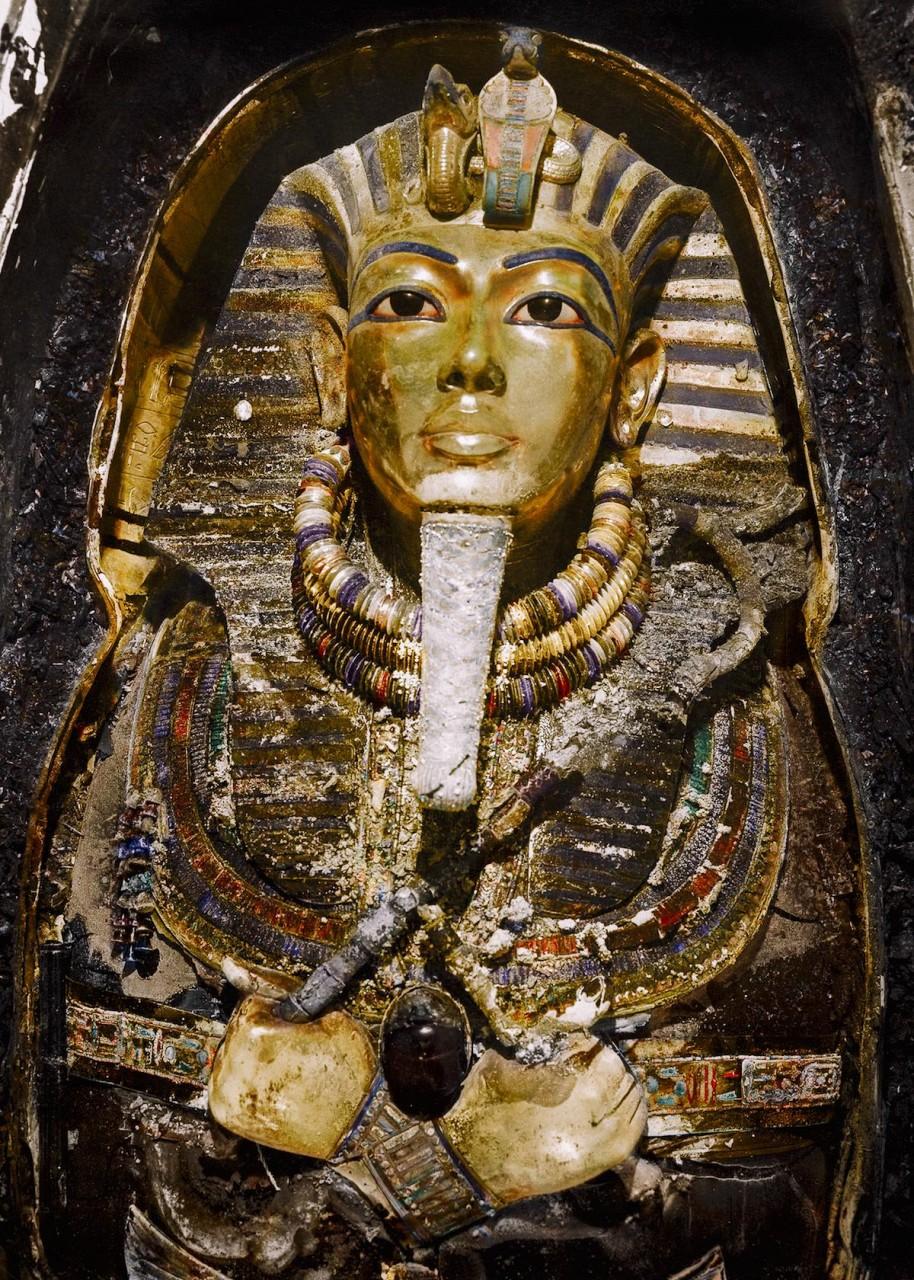 Гробница Тутанхамуна — цветные снимки 100-летней давности