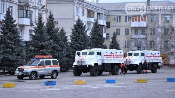 """Журналисты обратили внимание над ряд """"странностей в конструкции"""" бронированных автомобилей переданных украинским правительством в ГСЧС якобы для вывоза людей из горячих точек Донбасса"""