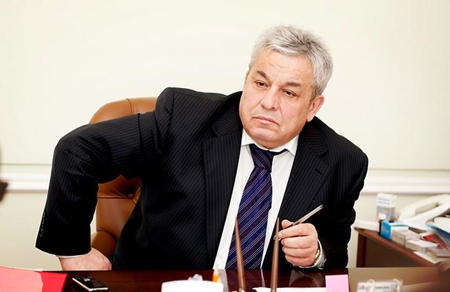 Экс-вице-губернатор Петербурга готов приютить экс-премьера Японии в России