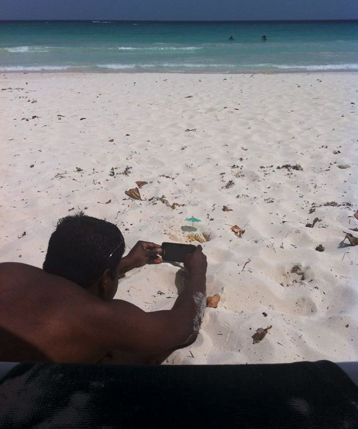 """""""My Husband Laid On The Sand For 20 Mins Waiting For The Crab To Emerge For The Perfect Shot – Totally Worth It"""""""