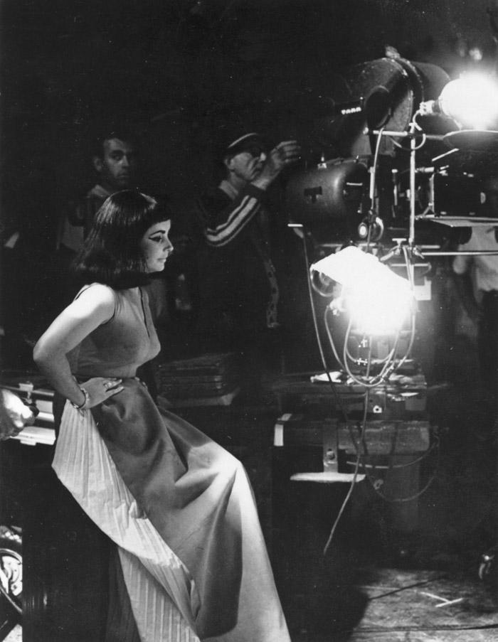 Элизабет Тейлор (Elizabeth Taylor) на съемках фильма «Клеопатра» (Cleopatra) (1963), фото 24