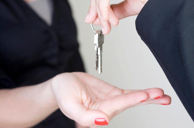 Выгонят и деньги не вернут: 6 фобий арендаторов и как от них избавиться