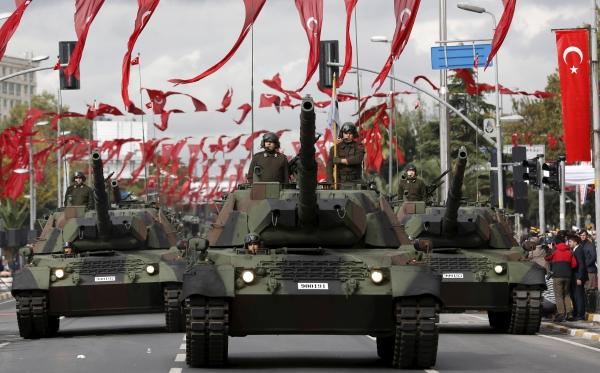 """Глава МИД Турции: """"Мы с НАТО можем оккупировать РФ меньше, чем за 7 дней"""""""