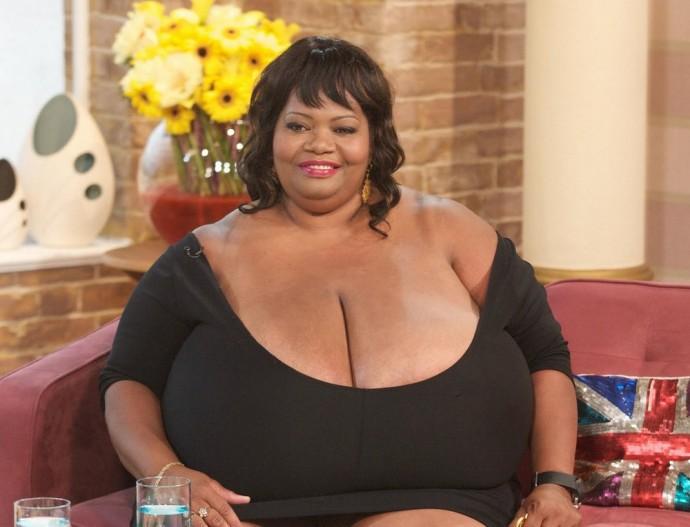 Фото женщин с большой грудью