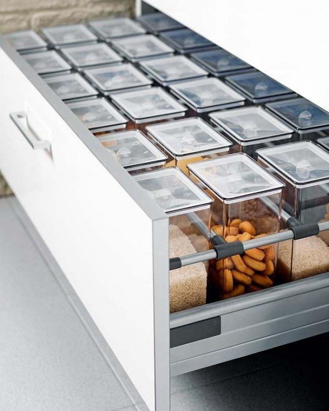 16 удобных способов сэкономить место на кухне