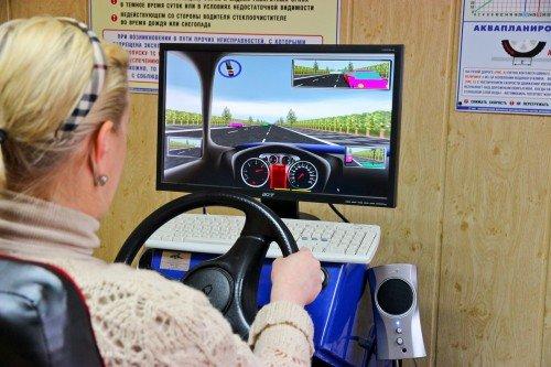 Опасный возраст: нужен ли молодым водителям испытательный срок?