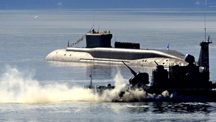 """Россия """"наносит"""" США удар с моря"""