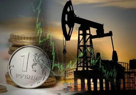 Россия решила ускорить работу по отказу от доллара: Нефть и газ теперь за рубли