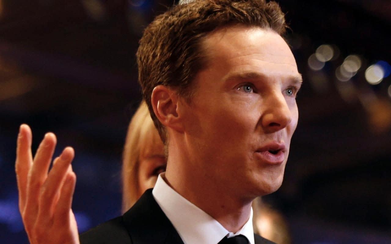 Бенедикт Камбербэтч, игравший Шерлока, заступился за велосипедиста, на которого пытались напасть четверо