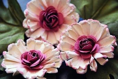 Мастер-класс по цветку для украшения своих работ при помощи дыроколов.