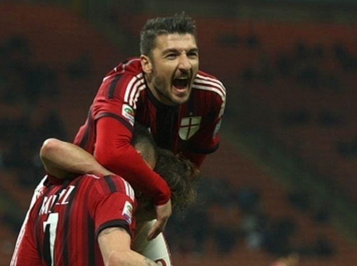 Агент Боккетти: Все в «Милане» довольны Сальваторе