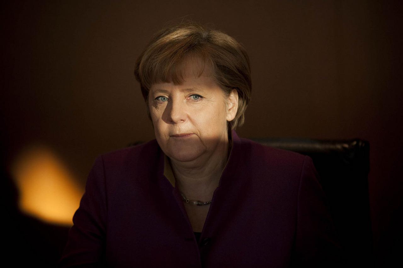 Меркель больше не канцлер всех немцев