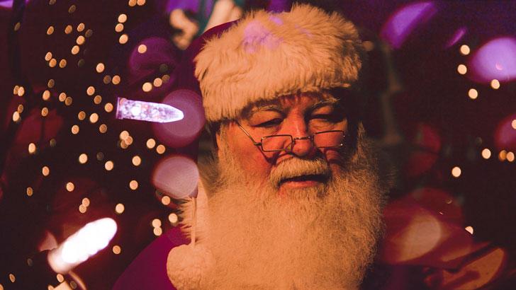 Всей семьей думали, что попросить у Деда Мороза, но сын удивил всех