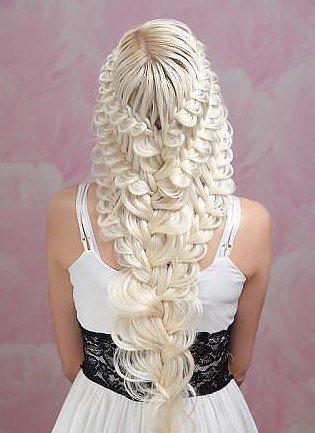 Прическа c плетением на длинные волосы