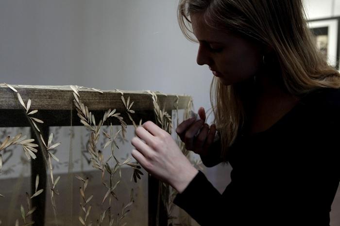 Узор из «вертолетиков»: скатерть с рисунком из семян ясеня