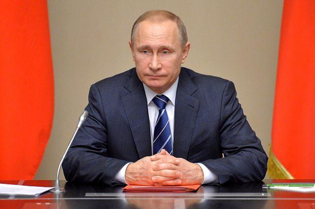 Почему Владимир Путин провёл ночное совещание?