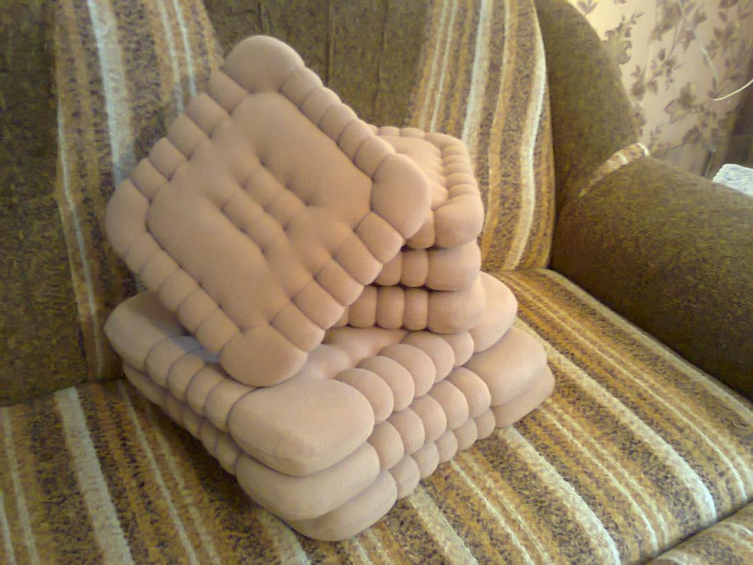Подушки диванные необычные