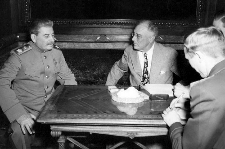 БЕДНАЯ ЛЕНД-ЛИЗА: неблагодарная история об американских поставках в СССР