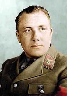 Рейхсляйтер Борман приказал сберечь документы любой ценой