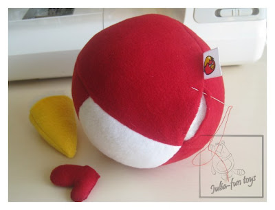 Интересные и красивые поделки своими руками - шьем красных и желтых сердитых птичек Angry birds