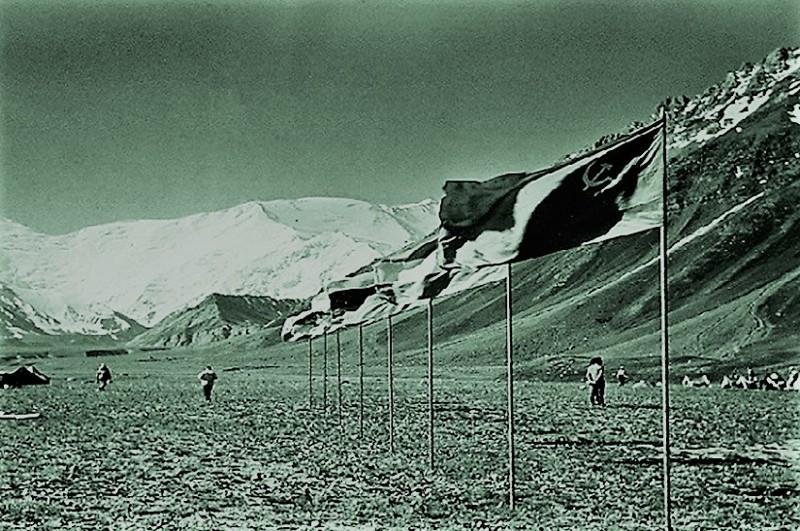 Катастрофа. СССР, альпинизм, трагедия