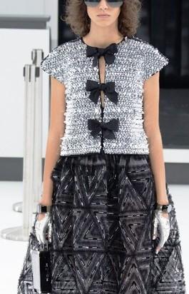 Модный показ новой коллекции Chanel весна - лето 2016 —  феерическое шоу для поклонников таланта