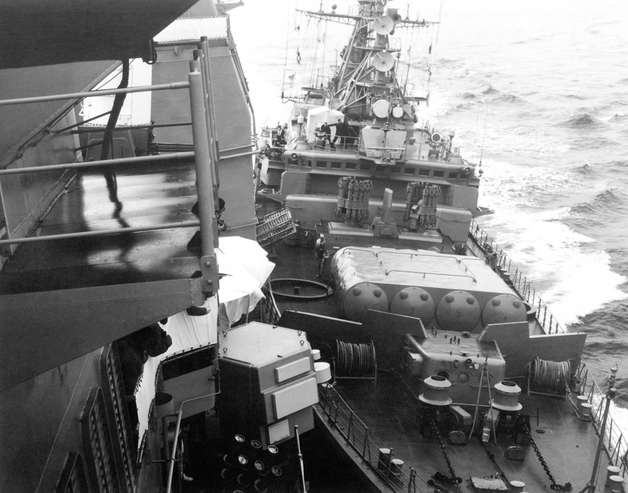 О знаменитом выдворении крейсера ВМФ США из Черного моря