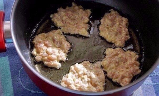 Фото к рецепту: Куриные растрепки