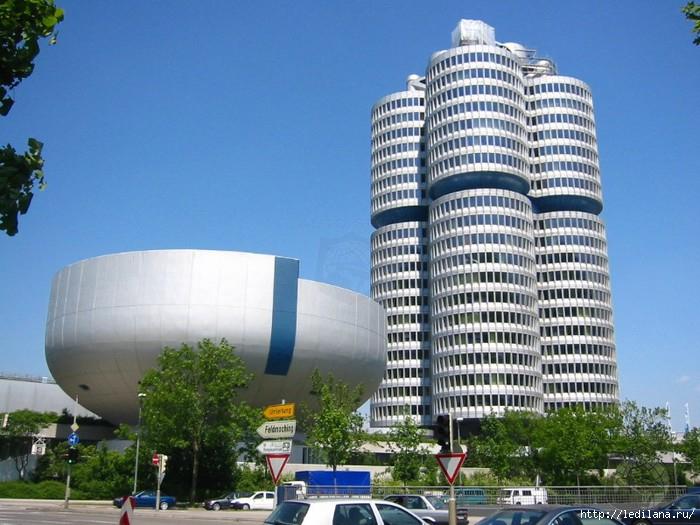 Город Мюнхен и его достопримечательности///Самый мой любимый город в Германии,с богатыми историческими традициями,прошлого века ... =)