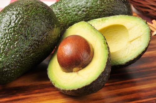 авокадо от жира на животе