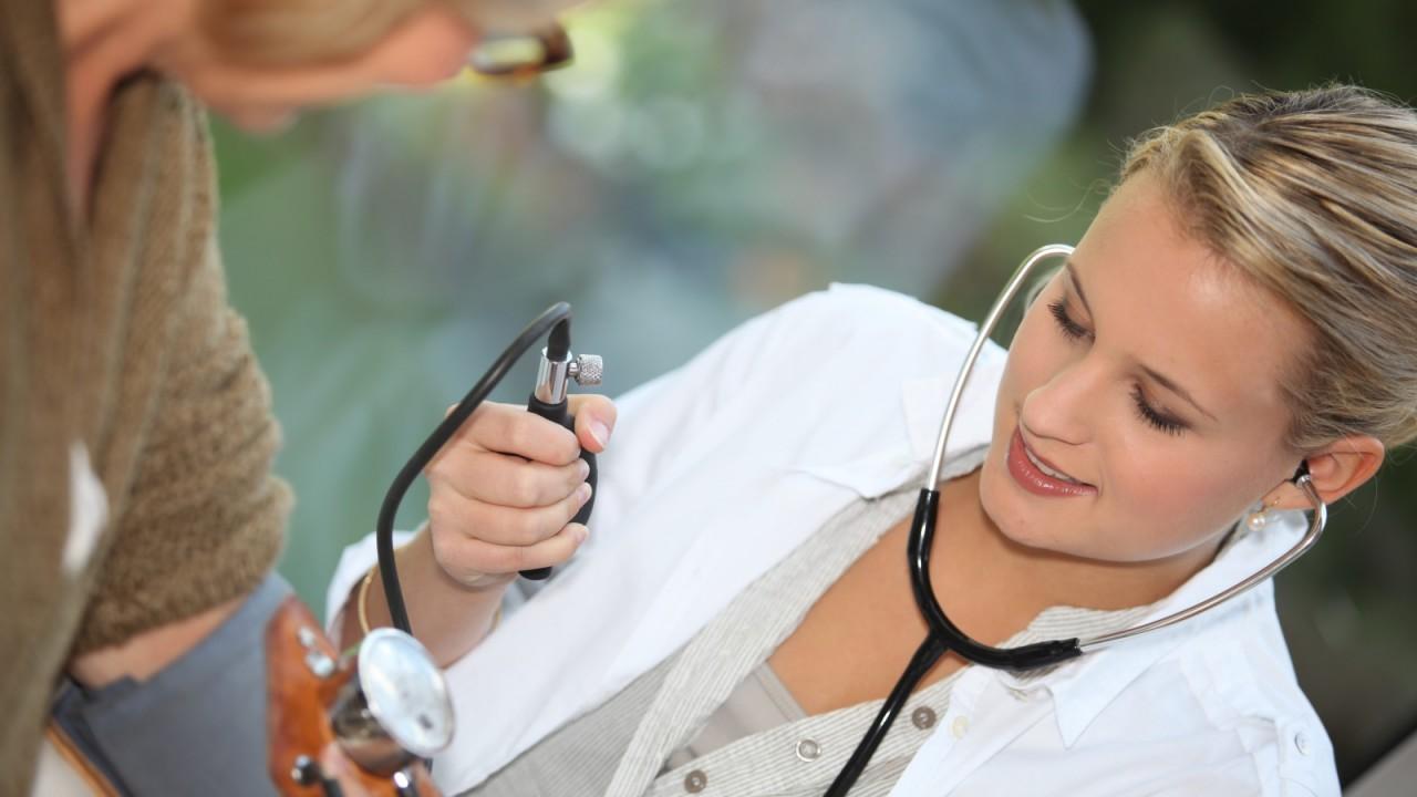 9 самых неожиданных профессиональных заболеваний