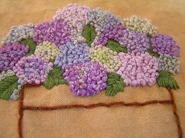 Французский узелок: особое изящество и тонкий шарм  старинного шва